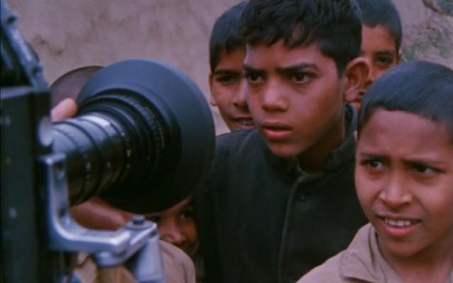 « Un Français, en Inde, en 1968 », carnet de visionnage d'une série documentaire