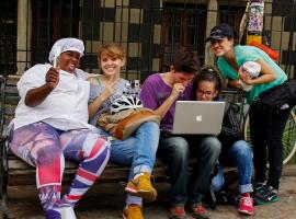 «Pregoneros de Medellin» ou l'art de bricoler un webdocumentaire en Colombie