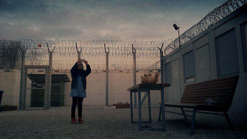 «Midnight Travelers» : Hassan Fazili filme le périple de sa famille sur les chemins de l'exil